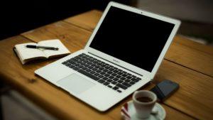 毎日持ち歩いているiPhoneとiPadとMacBookの使い道を整理してみた