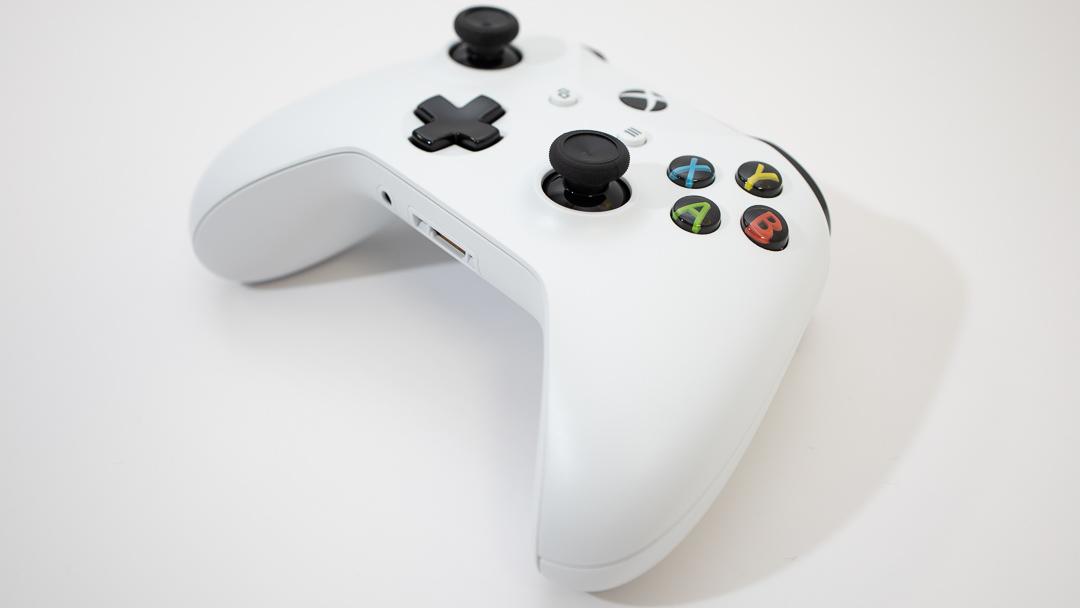 Apple Arcadeをゲームコントローラーでやりたい!オススメのコントローラー