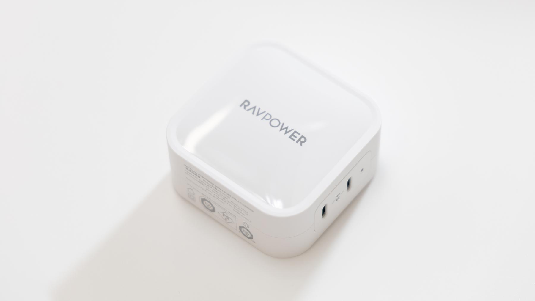 RAVPower 90W充電器